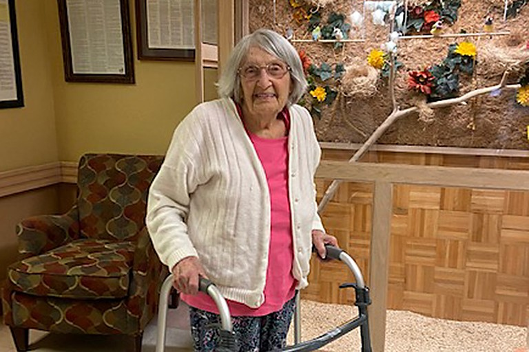 100-year-old rehabs at Life Care of Bruceton-Hollow Rock after COVID
