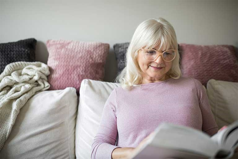 Indoor Activities for Seniors in Winter