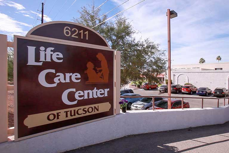 Life Care Center of Tucson Video Tour and Photo Gallery